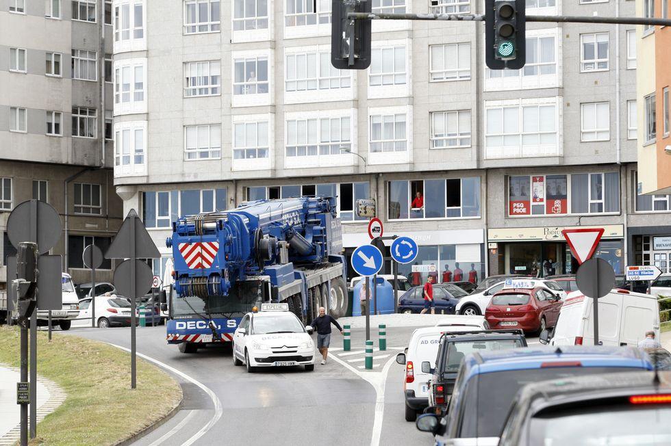 Ejemplo de carencias viarias en A Mariña es una circunvalación que saque el tráfico de paso de Viveiro .