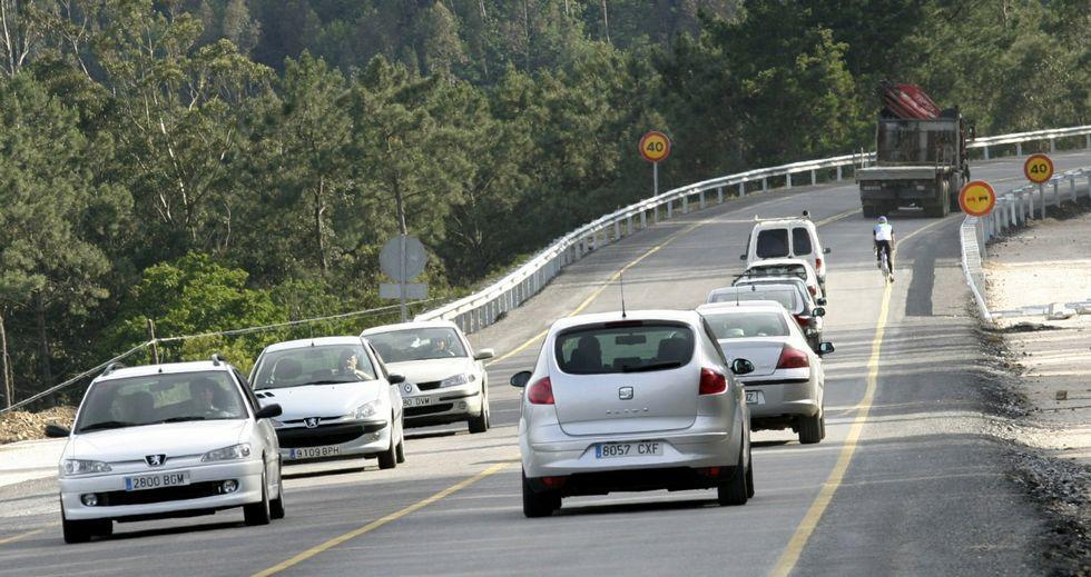 El tramo entre Viveiro y A Gañidoira, complicado por una casi permanente  línea continua, es uno de los controlados con radar.