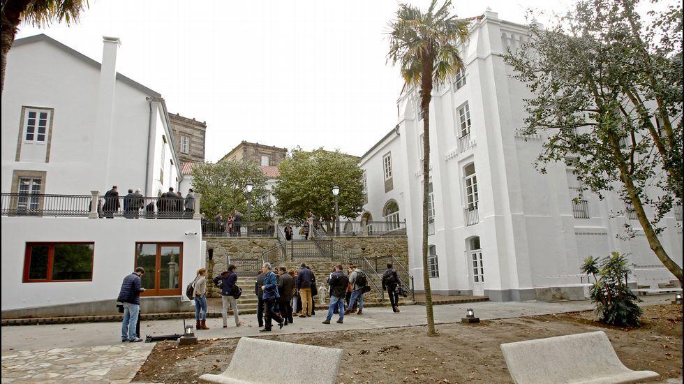 Centro Internacional de Acogida de Peregrinos [La Voz de Galicia]