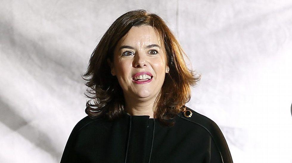 Soraya acusa a Pedro Sánchez de «macarrismo político»