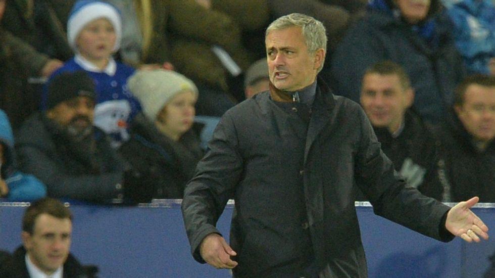 ¿Las últimas horas de Mourinho al frente del Chelsea?