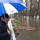 Inundación del área recreativa de A Veronzana causa de la crecida del río Avia.