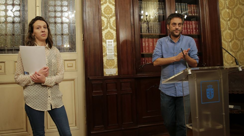 Cameán, con Ferreiro en una rueda de prensa