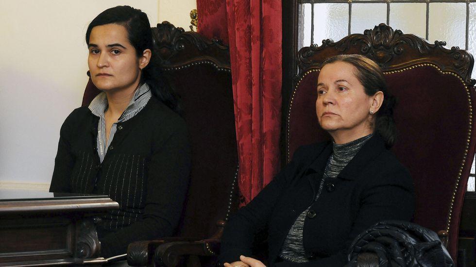 Montserrat y Triana, durante el juicio por el asesinato de Isabel Carrasco