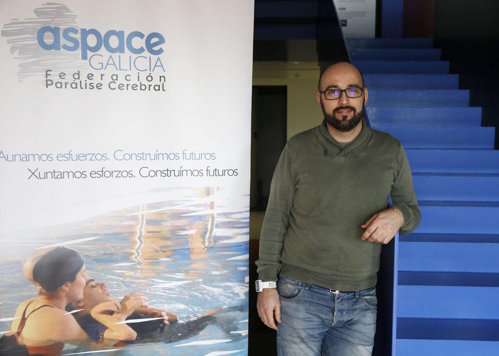 Antonio Doallo, ayer en Pontevedra, es técnico en orientación laboral de Aspace.