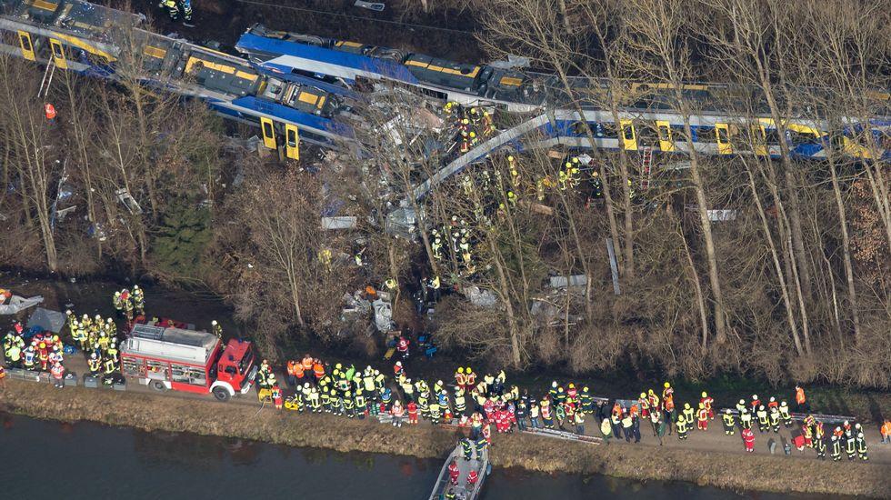 Dos trenes colisionan frontalmente en Baviera