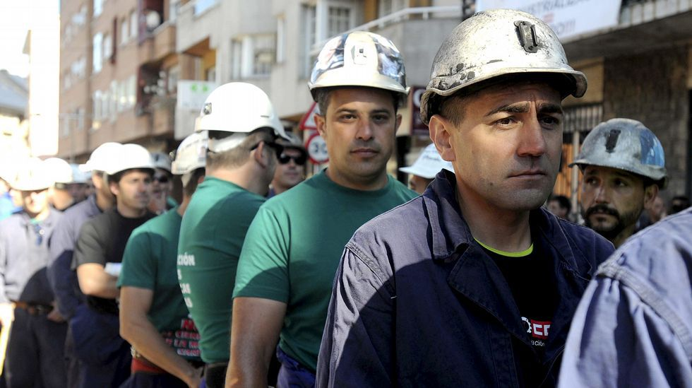 Minería del carbón. Manifestaciones, HG y marchas convocadas por SOMA-UGT y CCOO. Aislamiento es derrota. E_120622-113335