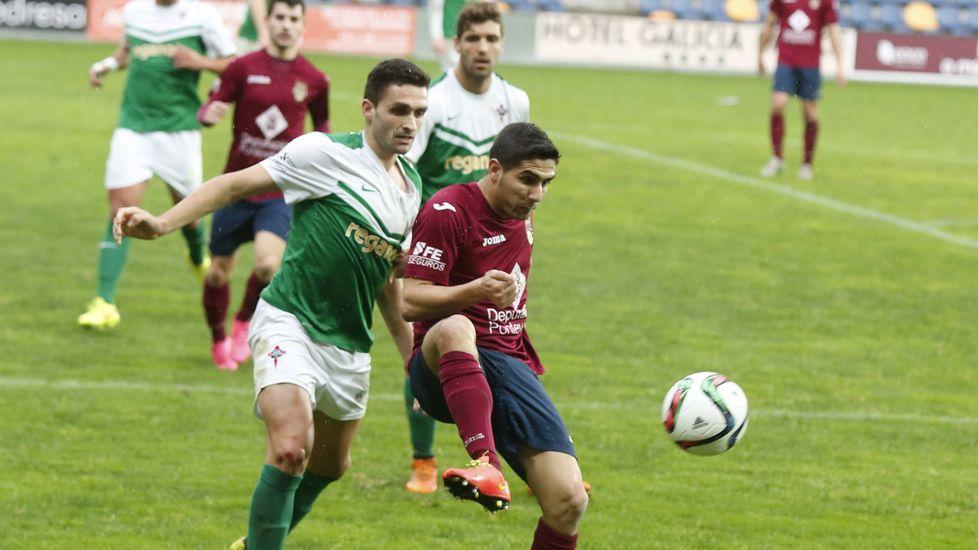 Las imágenes del partido PontevedraCF - Racing de Ferrol