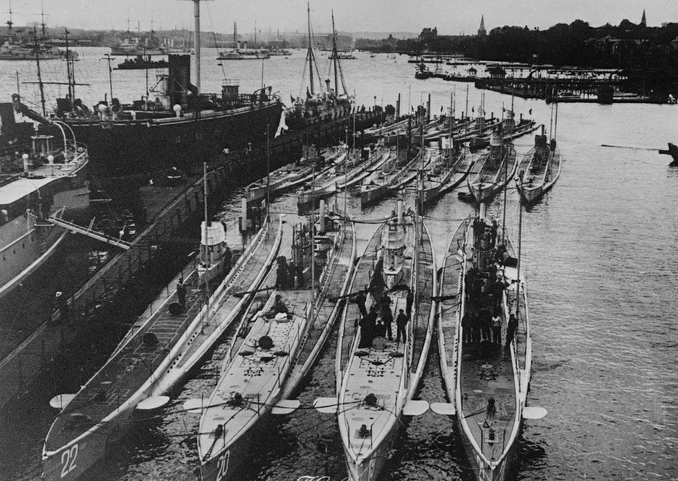 Submarinos alemanes de la Primera Guerra Mundial, uno de los cuales se refugió en A Coruña.