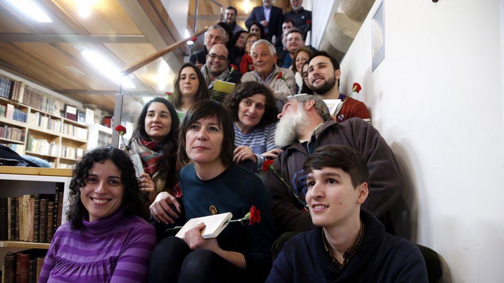 Ana Pontón, en el centro, con su candidatura al Consello Nacional del BNG