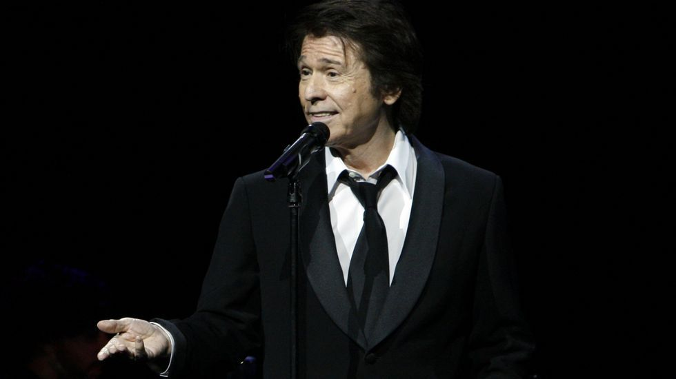 Raphael en un concierto en el Teatro Colón en el 2008