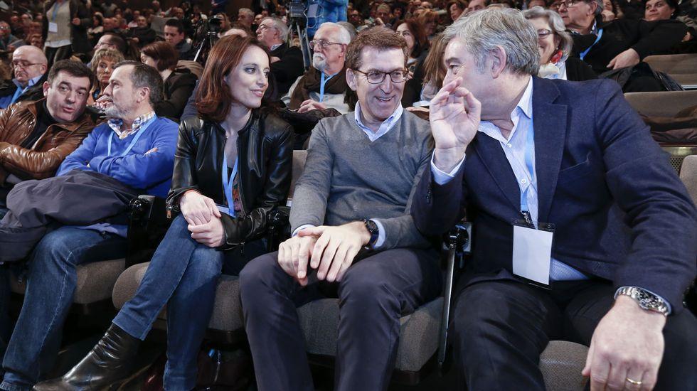 Feijoo, con Andrea Levy y Barreiro