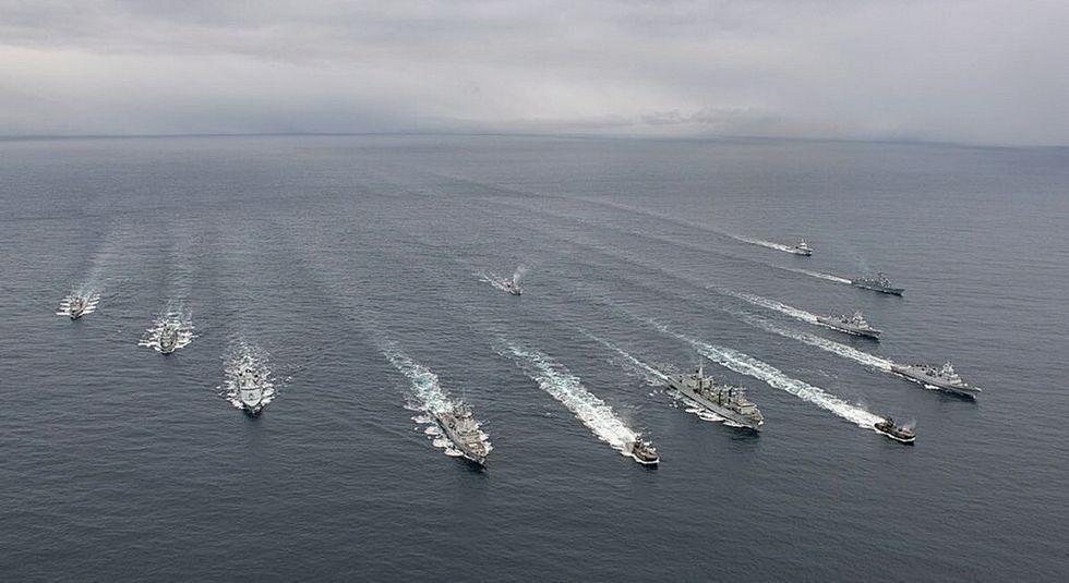 La fuerza naval que manda la fragata Álvaro de Bazán (F-101), está integrada por cinco unidades.