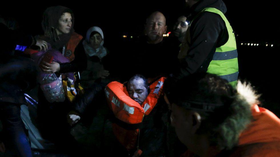Dramático rescate en aguas del mar Egeo