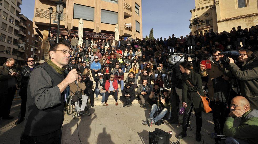 Mitin en Albacete a cuatro días de las elecciones generales, pidiendo el voto para Podemos.
