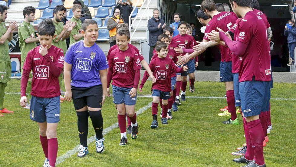 El Pontevedra CF - Sporting de Gijón B en imágenes