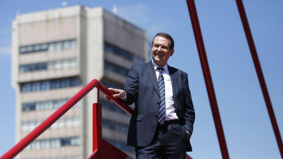 «Los alcaldes de las Mareas son peores que los del PP»
