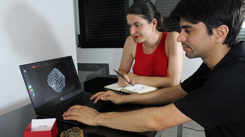 Carlos Alonso and Sabela Sanchez working in a bracelet design for their Voronoi Collection