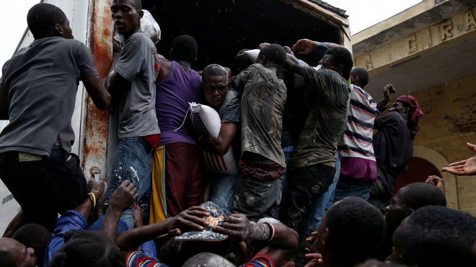 Haití después de enero de 2010 - Página 2 Reu_20161015_045216759