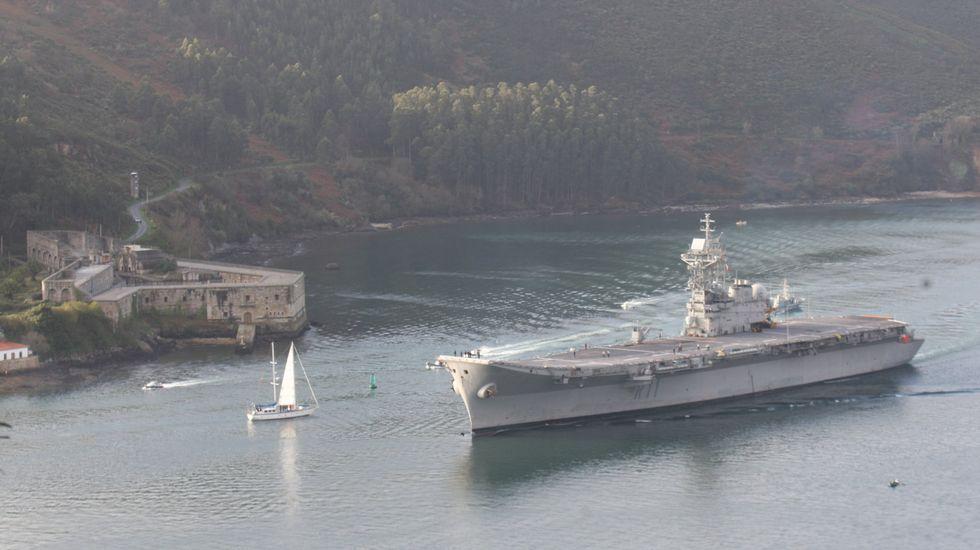 Defensa estudia dar de baja al portaaviones 'Príncipe de Asturias' para ahorrar - Página 4 F08F3000