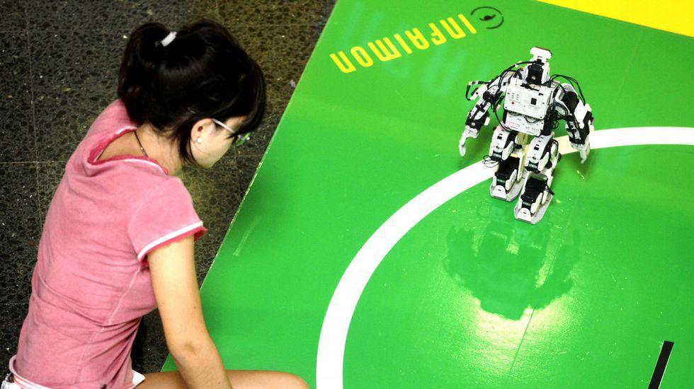 Bufetes de Vigo se especializarán en la defensa legal de robots